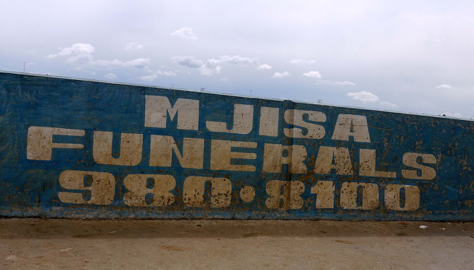 Handmade signs in Soweto by Typofonderie